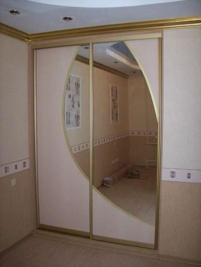 Двери-купе комбинированные с зеркалом