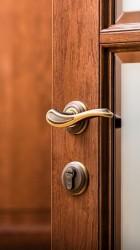 Фурнитура для дверей