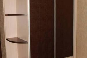 Шкаф-купе с декоративным стеклом. Венгемебель